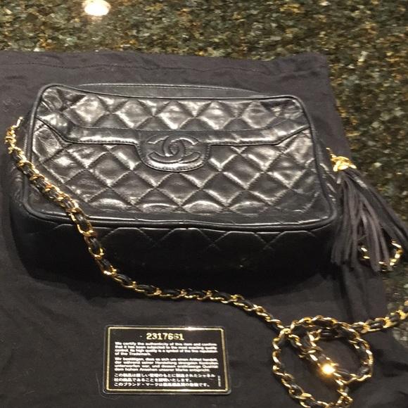 035200e95736 CHANEL Handbags - Authentic Vintage Chanel Camera bag